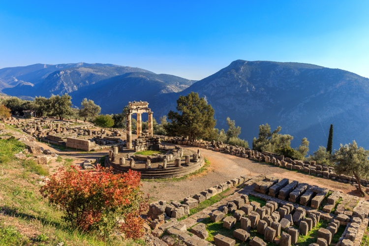 Delphi_Greece_ExpatExplore